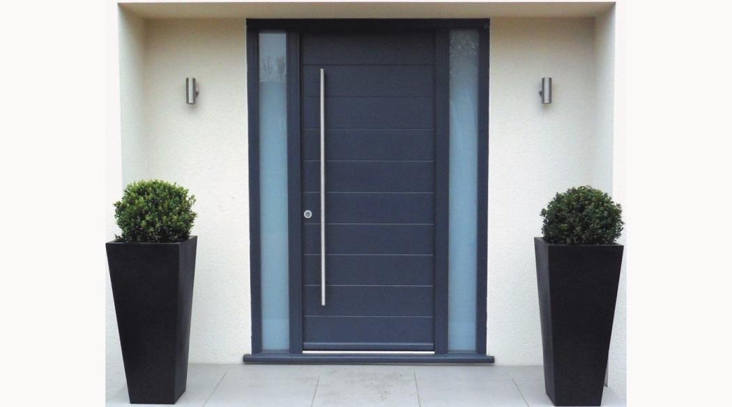 c1000xContemporary-timber-front-door-Kloeber-Funkyfront