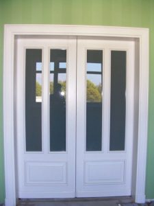 Faneruotos vidaus durys V-13